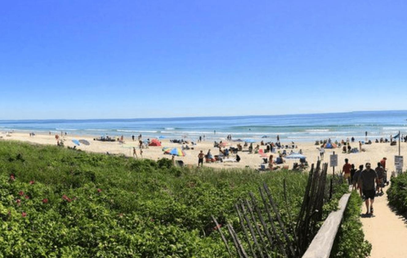 Near local Shopping and Beaches