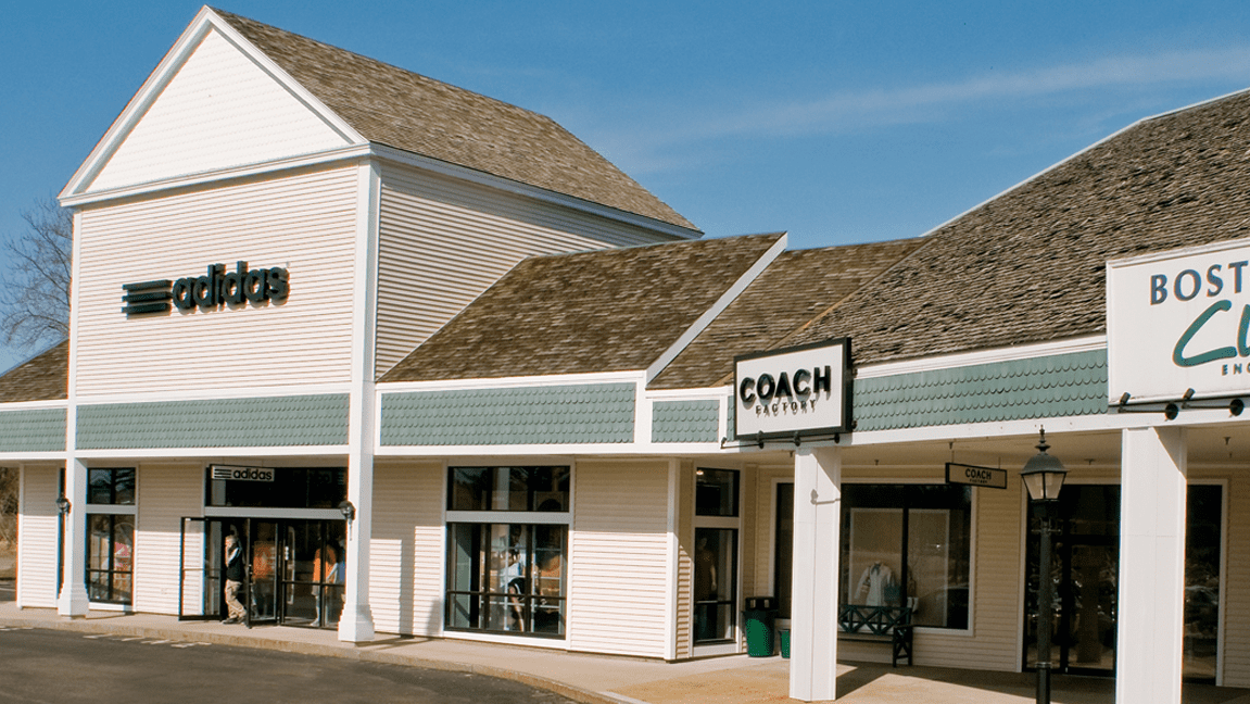 Across from Kittery Outlets